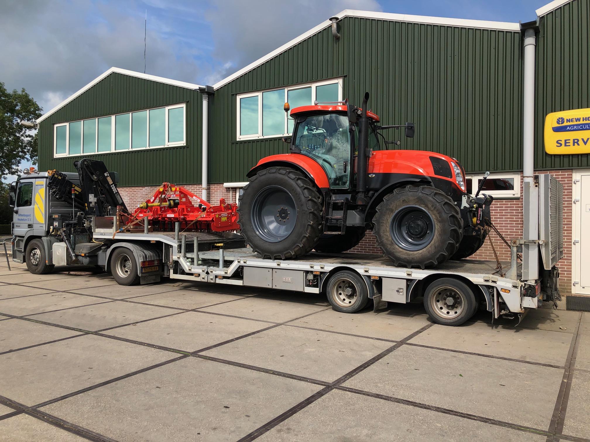 New Holland T6030 in bedrijfskleur afgeleverd